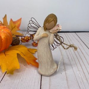 """Willow Tree """"Thinking of you"""" figurine"""